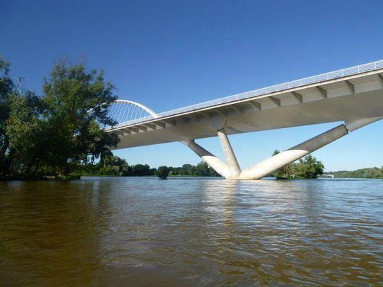 Orléans pont de l'europe Kayak